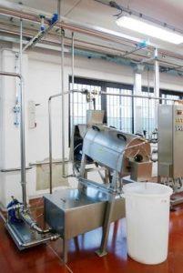 Блок для протирания рафинирования с резервуаром для сбора фруктового крема